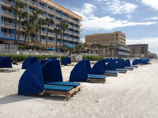 Doubletree Beach Resort by Hilton Tampa Bay / North Redington Beach: There is a large container full of sand toys so you don't have to buy any for your kids.