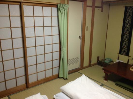 Nishikiro: twin room with private bathroom