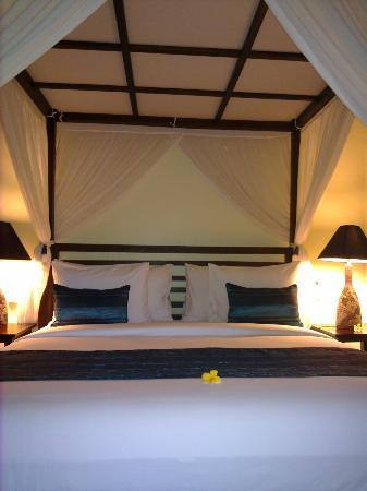 Bidadari Private Villas & Retreat: bed