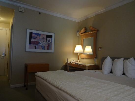 Hotel De Anza2