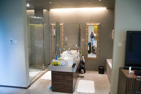 Klapstar Boutique Hotel: oasis suite bathroom