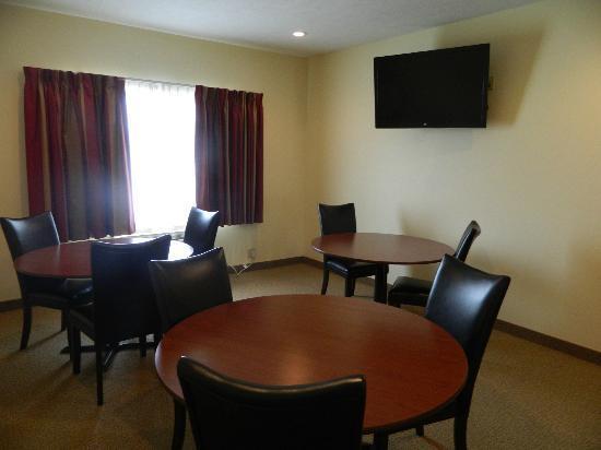 Cobblestone Hotel & Suites Fairbury, NE: Conference room