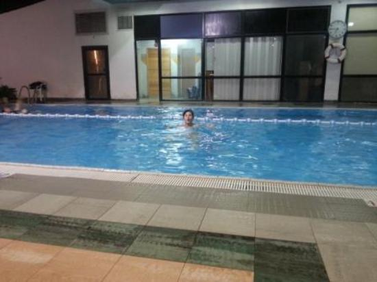 Jerusalem Gardens Hotel & Spa: закрытый бассейн