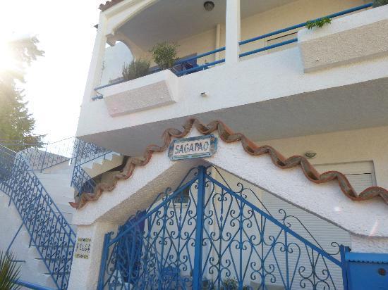 Afandou Village Apartments: vista della facciata della casa