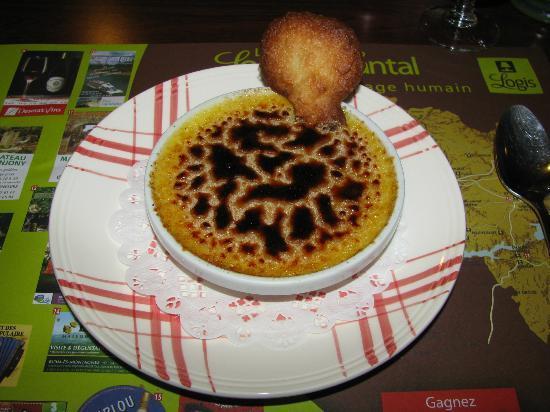 n.21 - restaurant du Logis Le Relais des Remparts (Allanche)