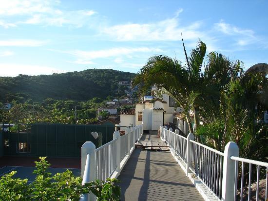 Hotel Mandragora: Vista desde el puente
