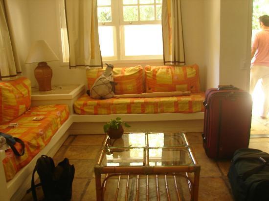 Hotel Mandragora: Living de la habitacion