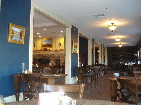 The Daniel: 10 Water Street Restaurant