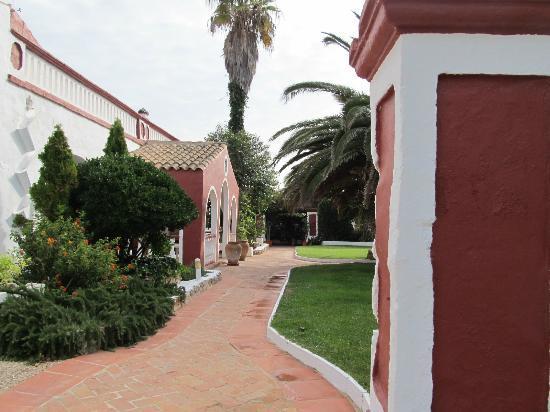 Matchani Gran: Beautifully kept gardens greet guests