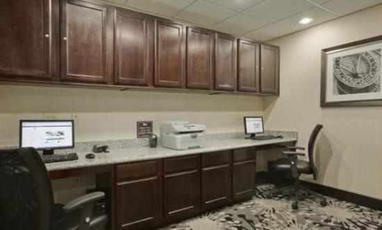 Homewood Suites by Hilton Cedar Rapids North: Business Center