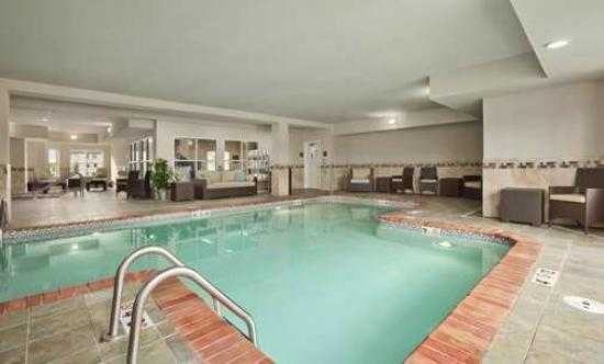 Homewood Suites by Hilton Cedar Rapids North: Pool