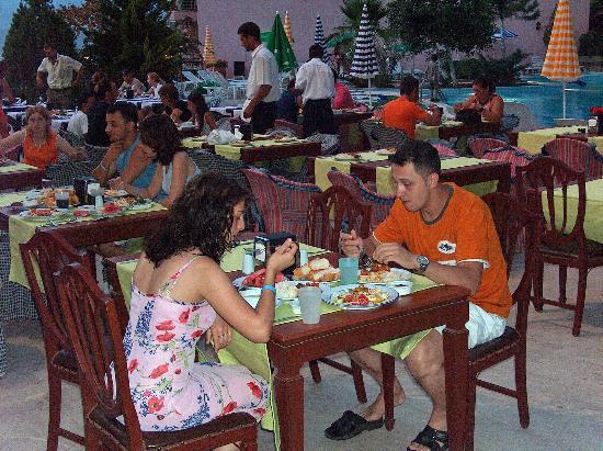 Pirlanta Hotel: Terrace Restaurant