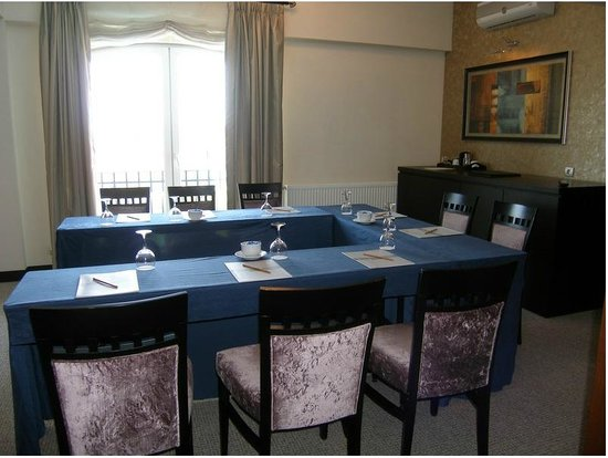Agaoglu My Village Residence: Business center/Function rooms