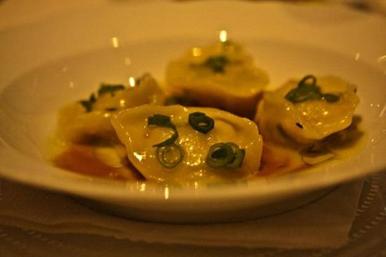 Raphael: Shrimp Kneedle / Ravioli with ginger and green onion, in a crab stock (7.5/10)