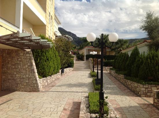 Akti Taygetos Conference Resort: Hotel entrance