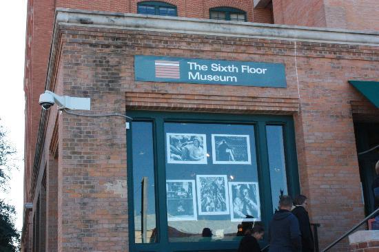 The Sixth Floor Museum/Texas School Book Depository: The Sixth Floor Museum  Gift Shop