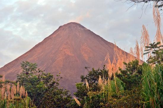 Arenal Adventures: sun setting on volcano