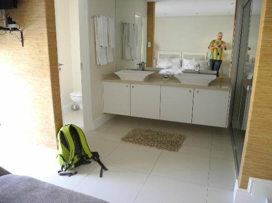 Villa Moringa Guesthouse: Bath
