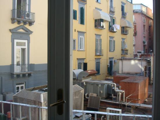 Il Viaggiatore B&B: View from room window/balcony