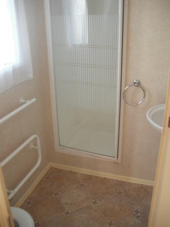 Parkdean - Tummel Valley Holiday Park: our spacious bathroom