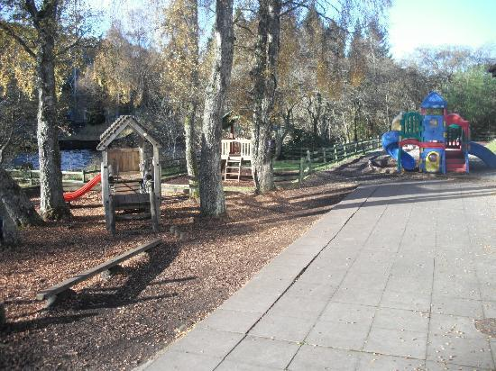 Parkdean - Tummel Valley Holiday Park: kids playarea