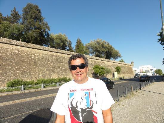 Ibis Evora: Frente do hotel