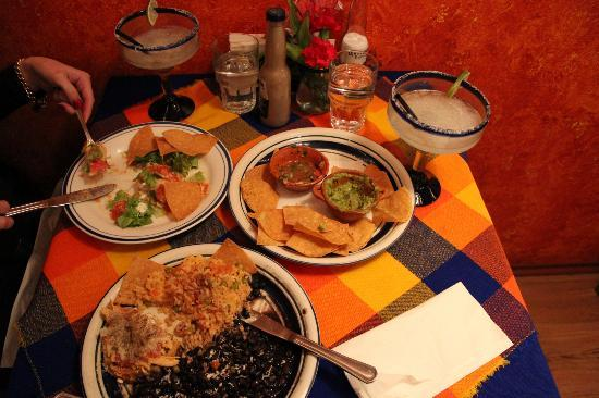 Sanchez Cantina : excellent food, tasty magaritas
