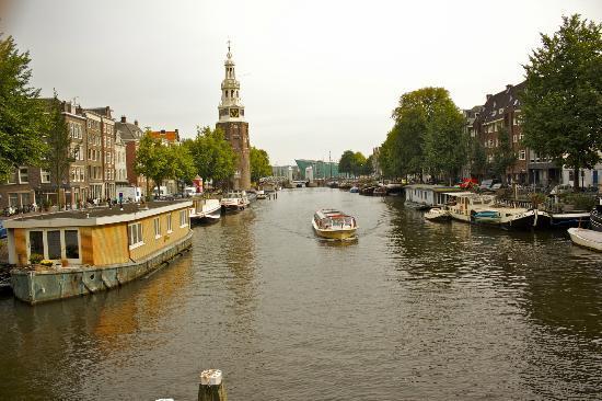 Amsterdam At Home: Canal!