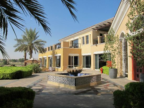 Arabian Ranches Golf Club Hotel: The Golf Club, terrace side.