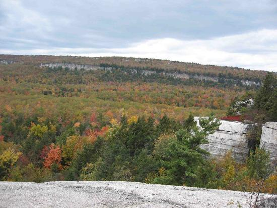 Minnewaska State Park Preserve: A view from Gertrude's Nose