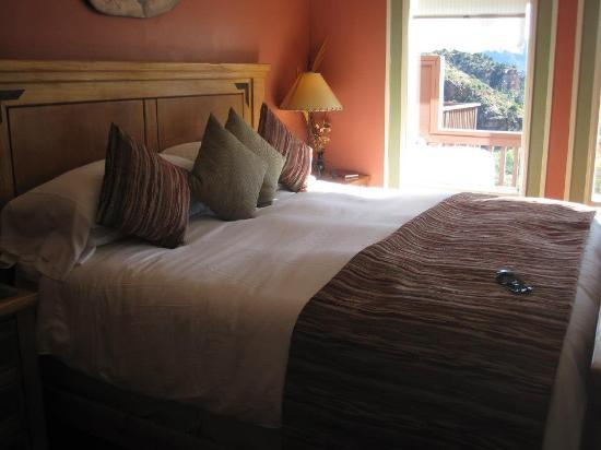 Sedona Views Bed and Breakfast: King Bed