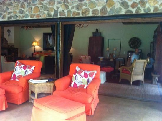 Dulini Lodge: lobby