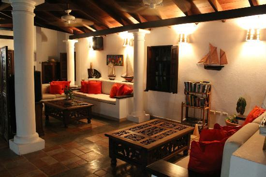Macanao Lodge: Hall