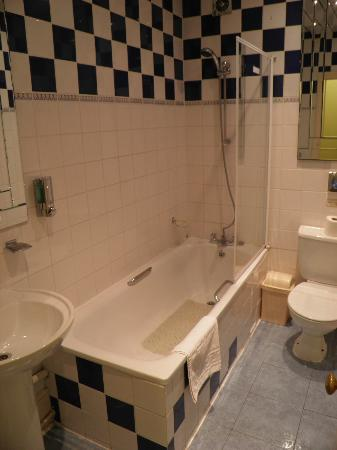 Marble Arch - Gloucester Place Hotel: il bagno