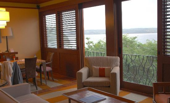 Four Seasons Resort Costa Rica at Peninsula Papagayo: suite living room