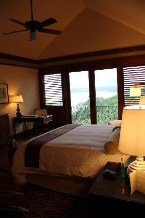 Four Seasons Resort Costa Rica at Peninsula Papagayo: suite bedroom