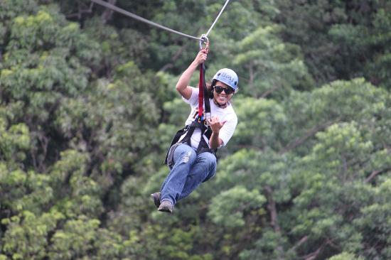 Big Island Eco Adventures II Zipline Canopy Tour : Ziplining with BIEA