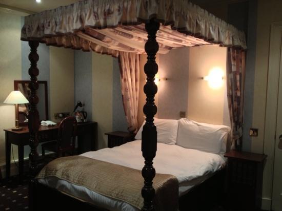 Ellersly House Hotel: my room