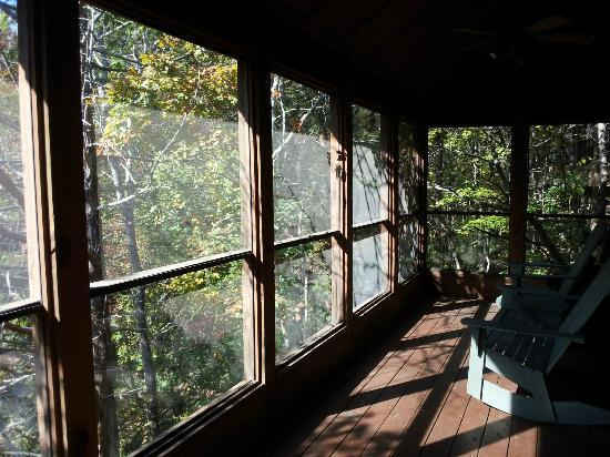 The Cabins at Green Mountain: Porch
