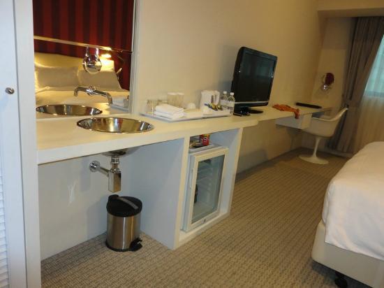 โรงแรมอินโนเทล: Room