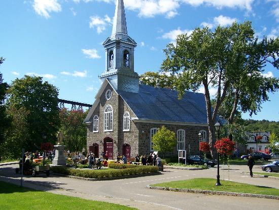 Parc Nautique de Cap-Rouge: L'église de Cap-Rouge
