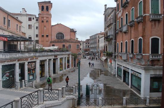 Ca' Gottardi: Street view