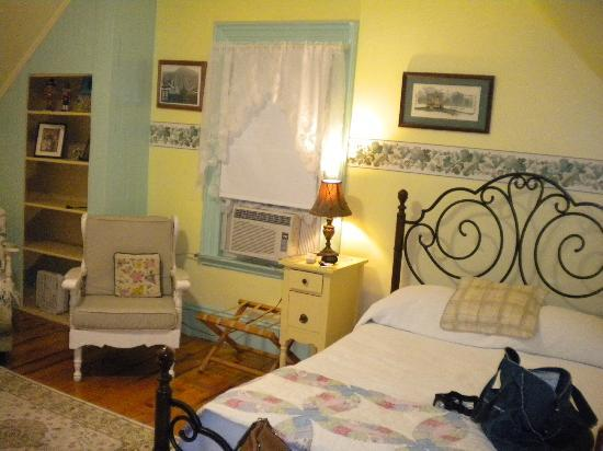 Spruce Moose Lodge and Cottages: double room
