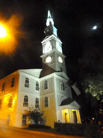 Old Court Bed and Breakfast: Nearby church - stunning at night