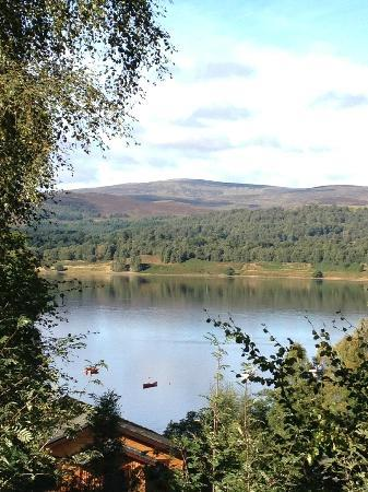 Loch Insh Hall B&B : View of the loch from the chalet