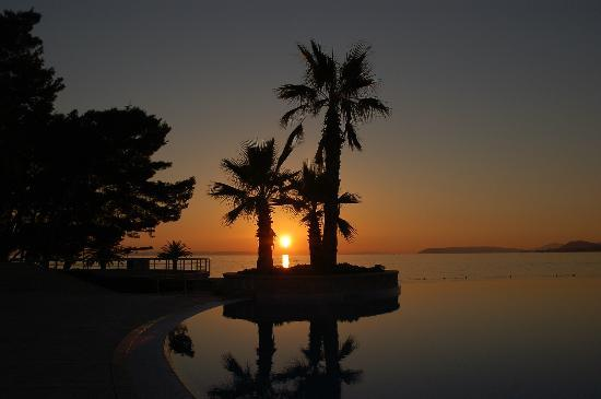 Le Meridien Lav Split: Gorgeous Sunsets