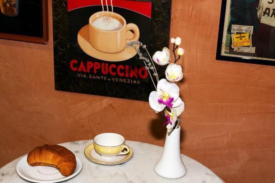 DomusamoR Colosseo: breakfast area