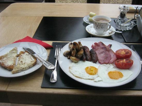 The Tithe Barn: Cooked breakfast
