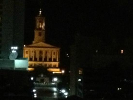 Renaissance Nashville Hotel: Night view