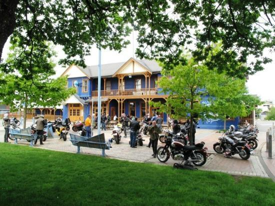 Blue Pub Methven : We welcome bikes of all types - power or pedal, call in!